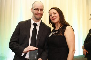 Novice Reporting (over 25,000 circulation) Aedan Helmer on behalf of winner Sam Cooley, Ottawa Sun with sponsor Amy Dickson, Colleges Ontario