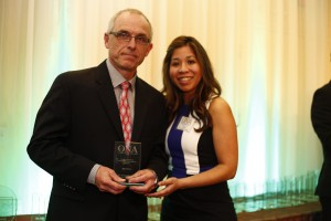 HEALTH NEWS & LIFESTYLE WINNER: Paul Schliesmann, Kingston-Whig Standard with Dayana Fraser, Council of Ontario Universities